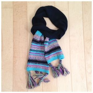 Accessories - Black knit scarf with colorful stripes